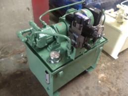 作動用油圧ユニット